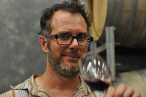 Gary Mills from Jamsheed Wines, photo courtesy of Hawk Waka Waka Wine Reviews